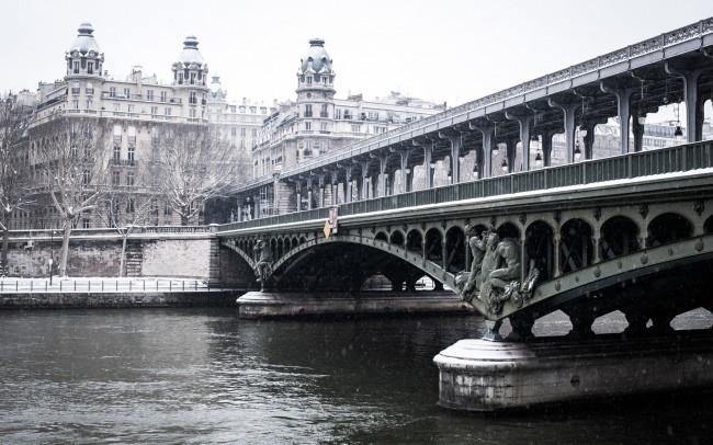 paris-sous-la-neige-pont-mirabeau