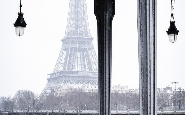 paris-sous-la-neige-tour-eiffel-bir-hakeim