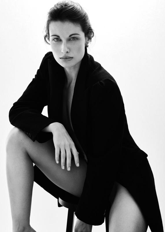 Juliette-pose-mode